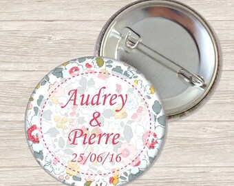 Liberty badge personalized wedding 3.8 cm / names and date