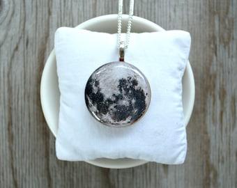 Full moon necklace , moon pendant , moon jewelry , planet necklace , planet pendant , space pendant , universe pendant , universe charm