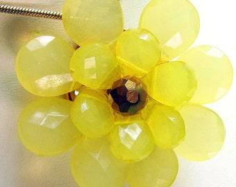 Beaded Flower Pendant Lemon Yellow