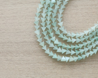 20 pcs of Natural Green Aventurine MIni Triangle Gemstone Beads - 5mm