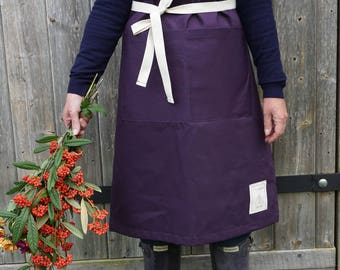 Ladies Gardening Apron in Aubergine