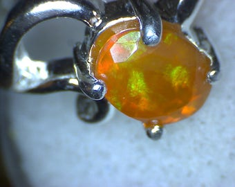 Beautiful Welo Opal Faceted Ring