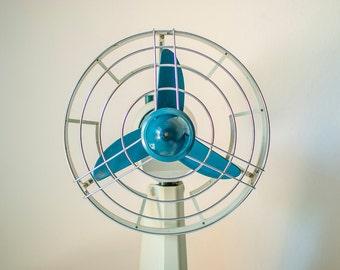 Vintage Electric Fan, Working Table Fan, Desk Fan, 1960's Yugoslavian design, Mid Century, Gray Blue plastic Fan, Retro Desk Fan