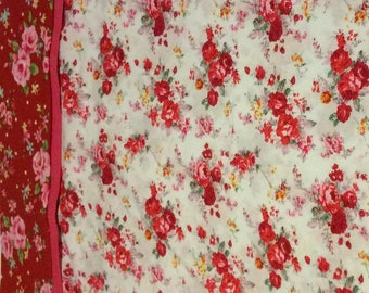 Vintage style cotton pillowcase or bedpillow.