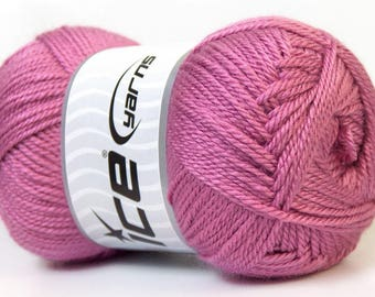balls of acrylic yarn in 100grs brand ICE pink color