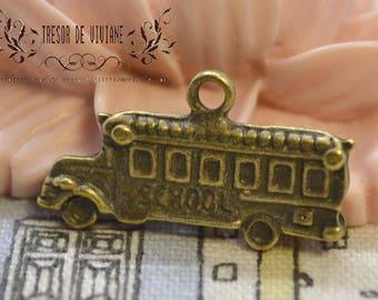 set of 8 QWP016 charms, Bronze, truck, car, vehicles