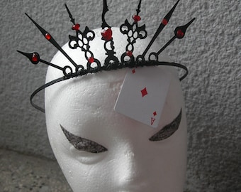 The evil queen of hearts crown