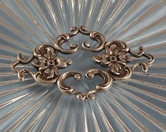 Antique Silver Filigree Focal Floral Connector (Qty 1) 35x23mm F-A4232-S