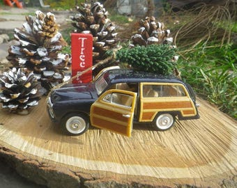 Bringing Home the Tree Display ~ ~ 1949 Ford Woody Wagon ~ Christmas Truck ~ Farmhouse Christmas ~ Country Christmas ~ Christmas Mantel~