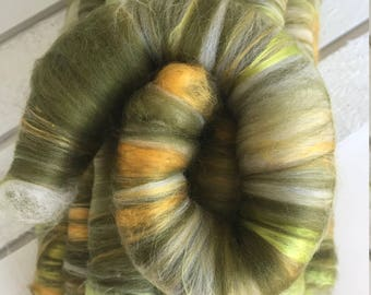 Merino and Silk Rolags - Spinning Fiber - Pine and Gold Fiber Roll - Froggy Taquitos