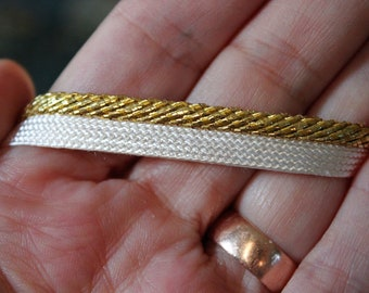 Ten Yards of Vintage Gold and White Piping Trim, T11B