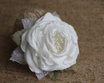 white ivory Hair Rose,Bridal Flower Hair Clip,Wedding Hair Flower,Bridal Headpiece,Rose hair fascinator,Bridal Hair Rose,Satin Hair rose