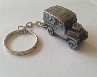 Land Rover Series 2 3D split-ring keyring FULL CAR ref113
