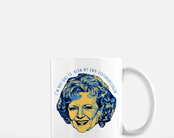 Rose Golden Girls Coffee Mug // Rose Nylund  // Blanche Sophia Rose Dorothy // Thank you for being a friend // Coffee Cup // Betty White