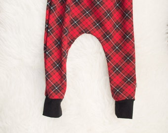 red black and white plaid harem pants by little lapsi. ready to ship. plaid print leggings