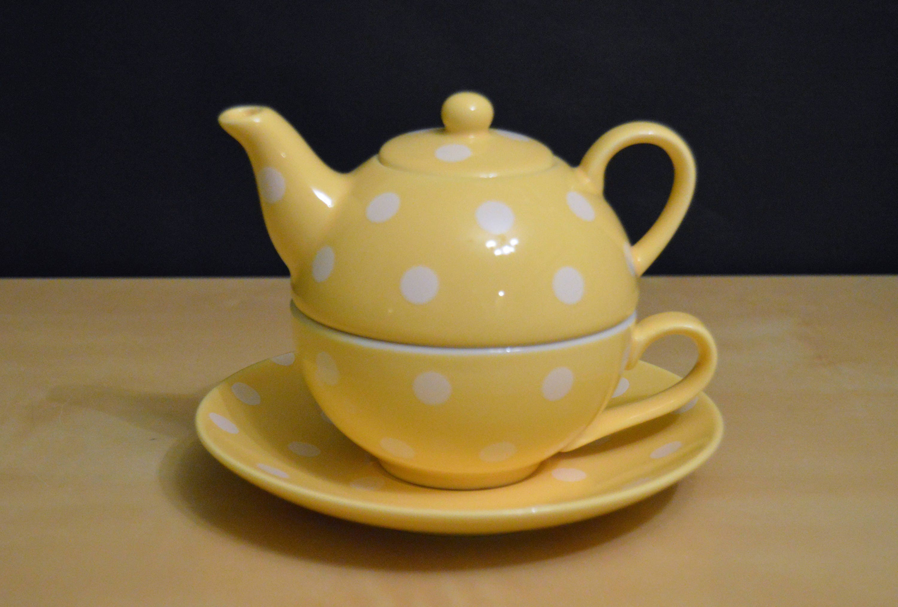Sweet Tea for One Stacked Tea Cup Teapot by Ganz Yellow