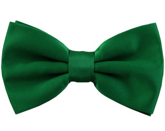 Men's Solid Emerald Green Pre-Tied Bowtie, for Formal Occasions