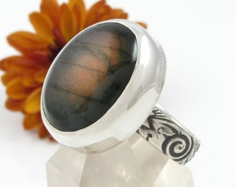 Orange Labradorite Ring Sterling Silver - Labradorite Statement ring with flower band - US size 7.75 - oval Labradorite ring - US size 7 3/4