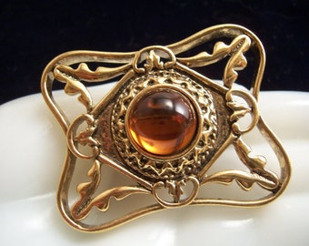 Vintage Ornate Amber Cabochon Brooch Pin