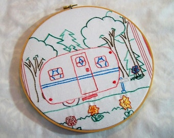 Embroidery Hoop Hanging, Happy Camper, Retro Camper, Hoop Art, Embroidery Wall Art,