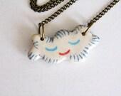 Céramique de Rêveurs souriant pendentif nuage (petit) - Summer Fun bijoux