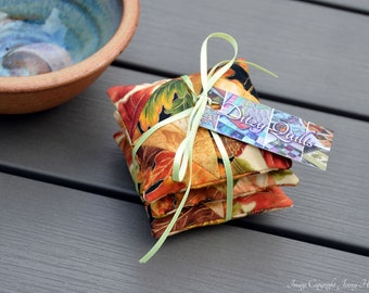 Autumn scented sachets (Cloves Cinnamon Chamomile Star Anise) miniature patchwork. Microwavable hand warmer or laundry drawer bags. UK