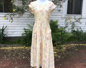 Laura Ashley Yellow 1980s Sundress with Pockets and Open Back Cutout Cap Sleeves Medium/Large