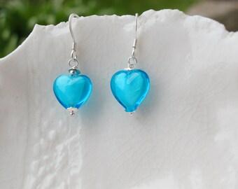 Petit verre de Murano coeur boucles d'oreilles, boucles d'oreilles de 10mm
