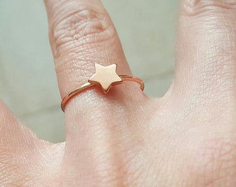 Rose gold tiny star ring size us  6