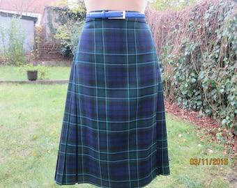 Wool Wrap Skirt / 100 % Wool Skirt / Woolen Skirt / Wrap Woolen Skirt / Tartan Wool Skirt / Plaid Wool Skirt / Size EUR44 / UK16
