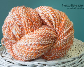 Creamsicle : Handspun yarn - Merino wool - 163yards / DK / 2 ply