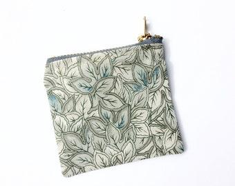 Green coin purse, ear bud purse, earbud holder, danish style, credit card purse, key bag, small bag, teachers gift, teens pouch, gift idea