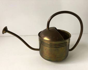 Brass Vintage Watering Can , Birks , Hong Kong Brass , Farmhouse Decorating , Farmhouse Style , Brass Planter