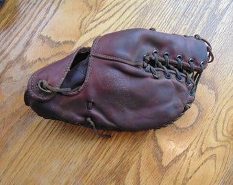 Wilson Trapper A2682 Vintage Antique Baseball Glove Mitt