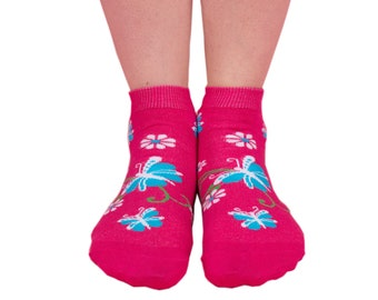 Womens pink butterfly ankle sock