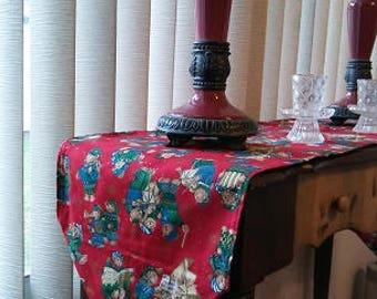 Short Winter Bear Table Runner, Short Christmas Bear Table Runner, Tassel Table Runner, Cheerful Bear Decor, Winter Bear Decor, Musical Bear