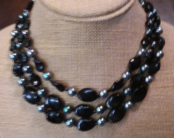 3 Strand Jet Bead Necklace