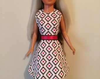 OOAK doll clothes for Tiffany Taylor and/or Magic Hair Crissy - Petal Power