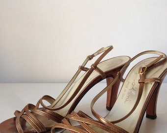 Gorgeous vintage gold sandal heels 7M