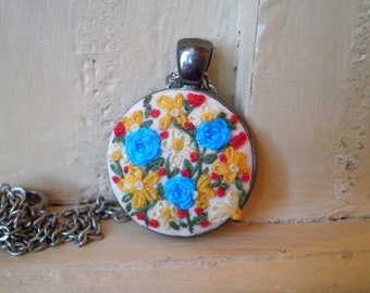Petite Point Floral Embroidery Necklace - Embroidered Flower Necklace - Blue Rose Garden Retro Wildflowers Textile Fabric Art Jewelry Gift