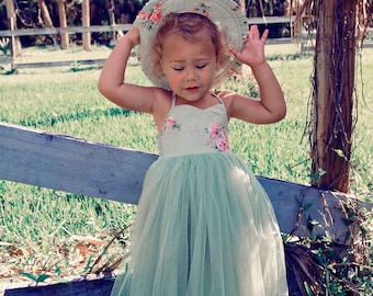 Little Girl's Sundress and matching hat from Dollcake Used