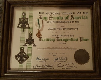 1963 Boy Scout Den Mother Training Recognition Certificate and Medal Award