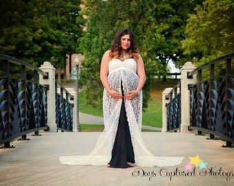 Loretta lace maternity gown, closed maternity gown, lace gown with lining