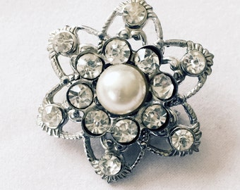 Vintage Rhinestone diamond and pearl brooch Perfect holiday gift