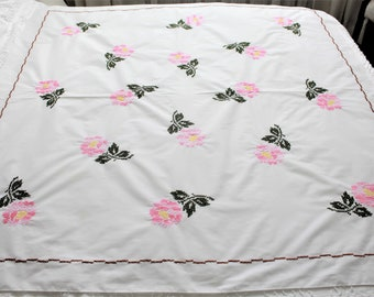 embroidered roses tablecloth cutter, quilting fabric, craft embroidery, pink hand embroidery , craft use, vintage tablecloth, cross stitch
