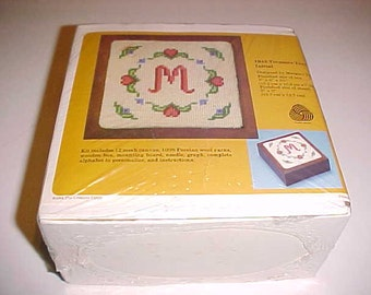 The Creative Circle 1942 Treasure Trove Initial Kit by Margery Young No. 1942