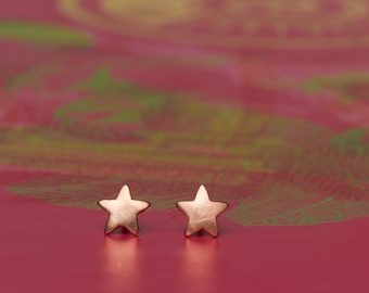 SINGLE Extra Tiny Star Stud ONE Star Earring sterling silver star stud Star post Earring Dainty Jewelry Everyday Earrings