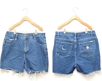"""90s Blue Denim Cut Off Shorts High Waisted Women's 36"""" Waist Plus Size"""