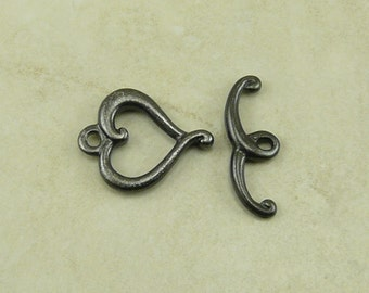 1 TierraCast Jubilee Heart Toggle Clasp Set > Valentine Bride Love Amour - Black Ox Plated LEAD FREE Pewter - I ship Internationally 6076