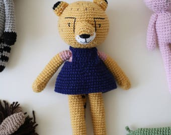 Crochet cheetah